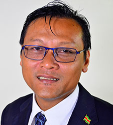 hr. mr. Raymond Sapoen